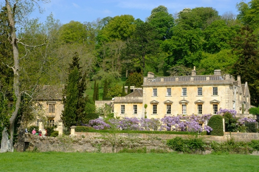 Iford_Manor_2