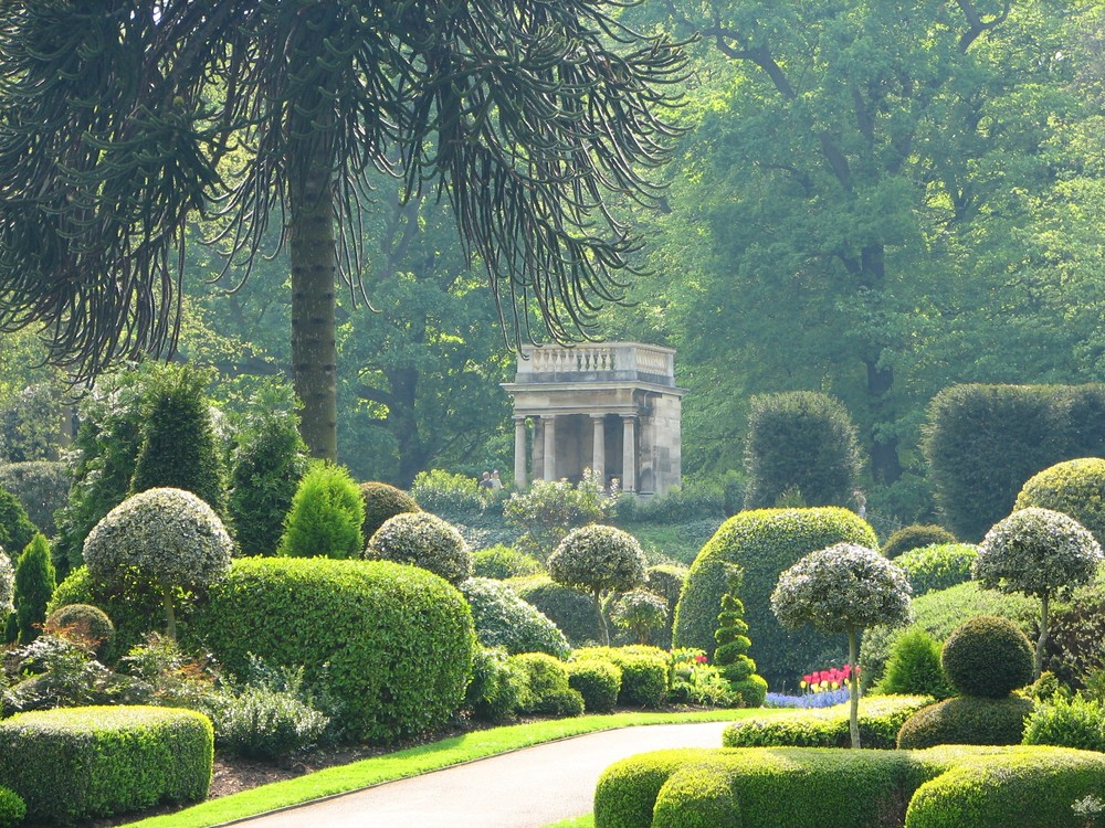 brodsworth-hall-and-gardens-see-do-parks-gardens-large