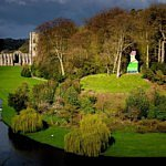 Hedendaagse follies in Fountains Abbey en Studley Royal Park [VIDEO]